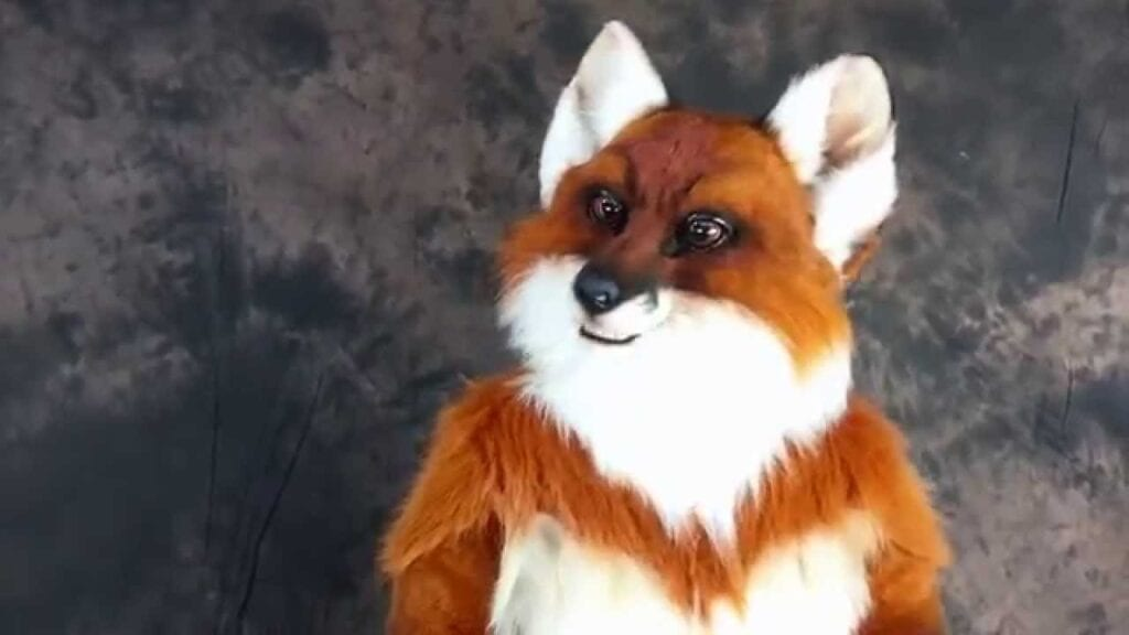 Hire the amazing mouth mover fox