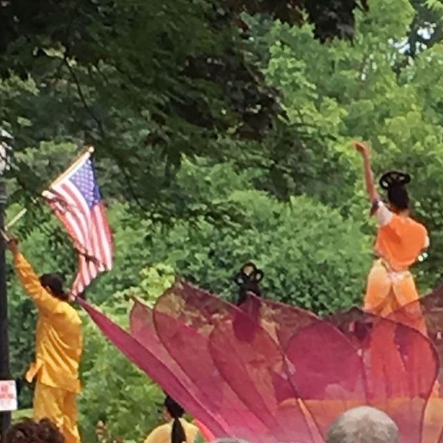 #lotusblossom meets Liberty @ #evanstonfourthofjuly #chicago