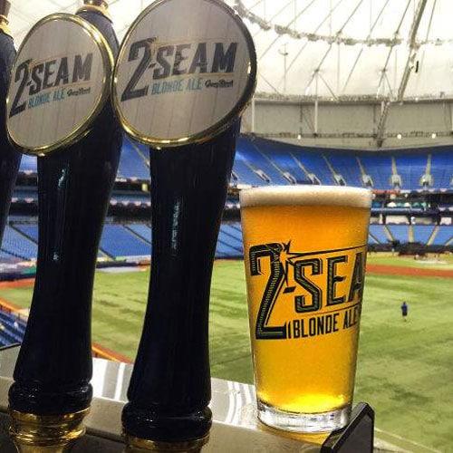 2 Seam Blonde Ale – Green Bench Brewing
