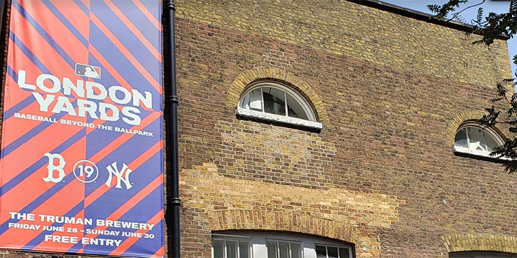 London Yards – Outside Truman Brewery