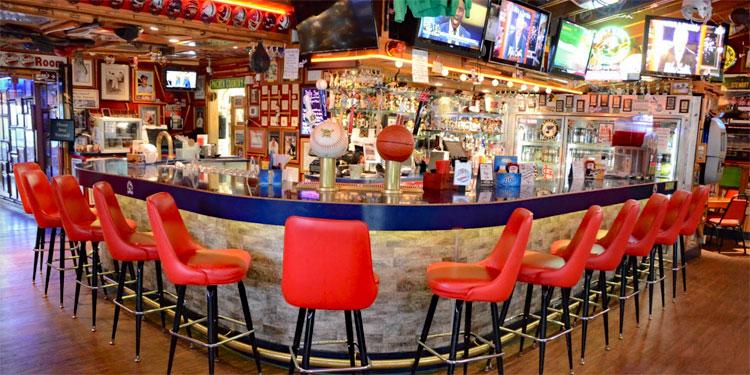 Rookies Food & Spirits at the Bar