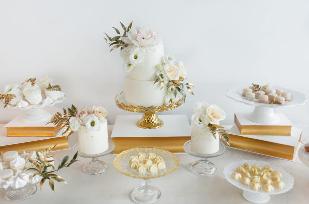 Cake Stands Lovely Luxe Rentals