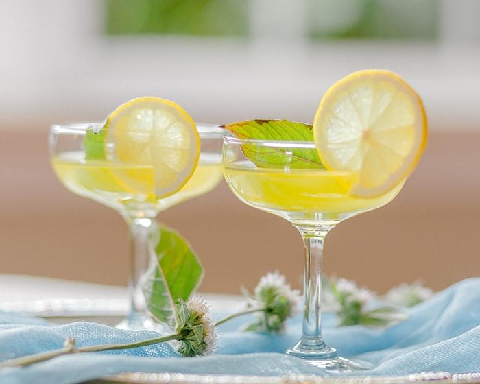 Manhattan Coupe Glass