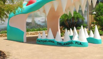Entrance to Gatorland in Orlando FL