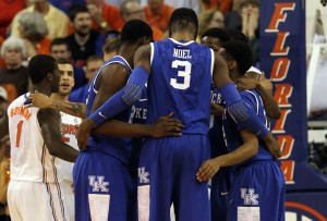 Kentucky Wildcats forward Nerlens Noel (3) and teammates huddle up against the Florida Gators during the first half at the Stephen C. O'Connell Center. Mandatory USA TODAY Sports