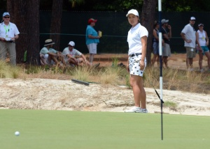 Minjee Lee watches her putt on the fifth hole during the third round of the U.S. Women's Open at the Pinehurst Resort and Country Club-#2 Course. Mandatory Credit: Rob Kinnan-USA TODAY Sports
