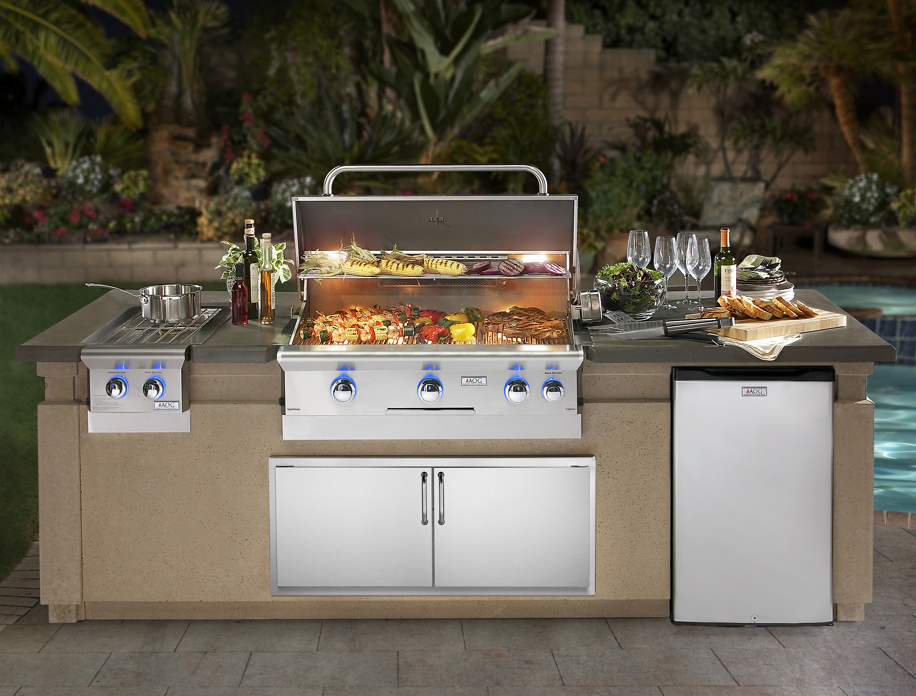 AOG_DC790-CBR-108SM_Island System with L-Series, Lifestyle (2018)