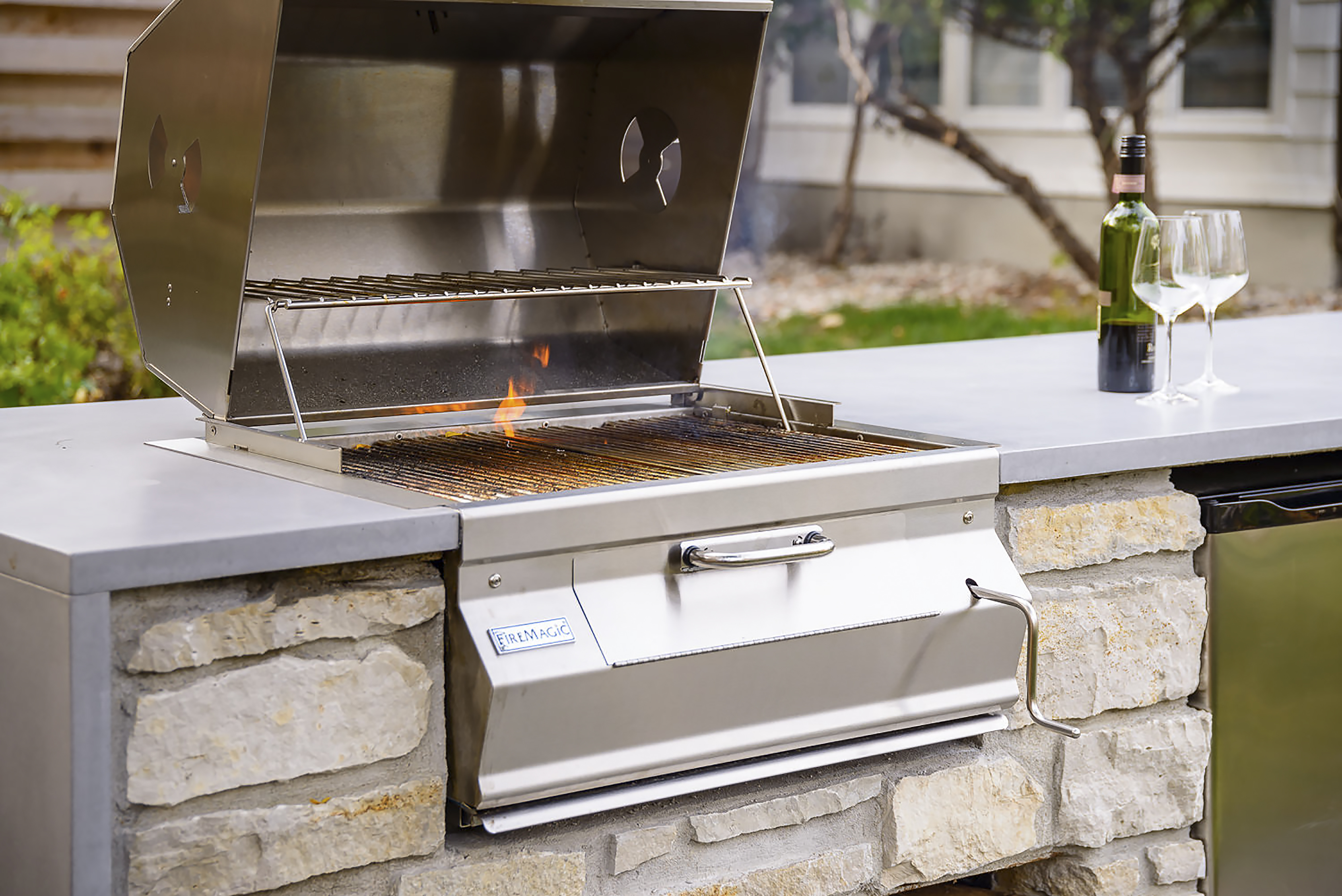 FM_12-SC01C-A_Charcoal Grill Lifestyle 1
