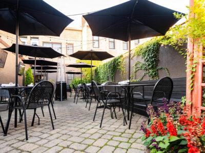 barrel-house-social-patio