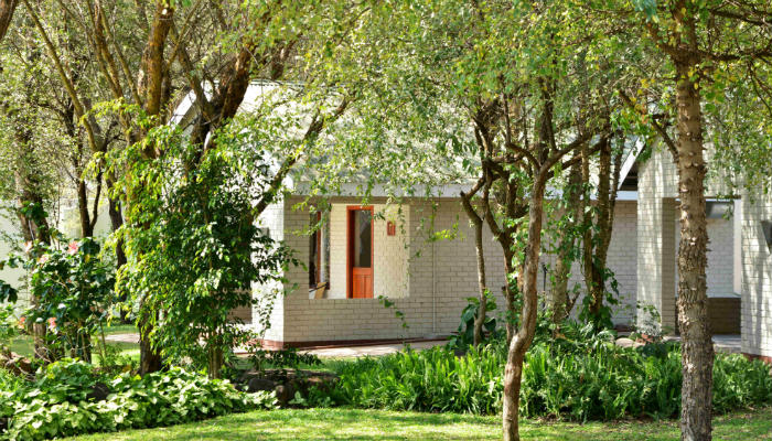 Chalet accommodation overlooking the Chobe River