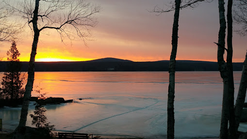 Stunning Year Round 3 Bedroom Home on Upper Chateaugay Lake