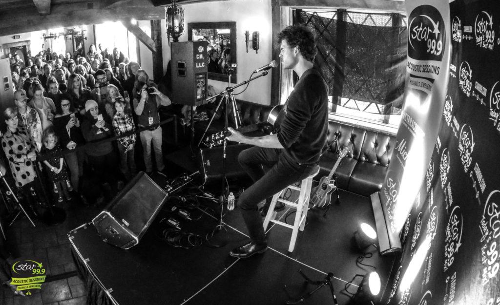 Vance Joy Live at Little Pub