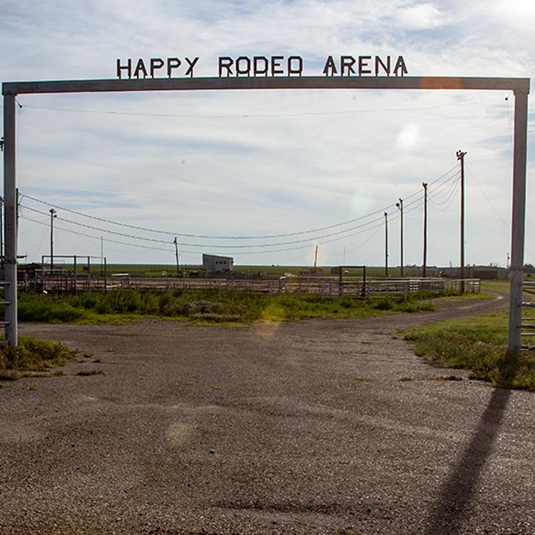 Happy-Rodeo-Arena