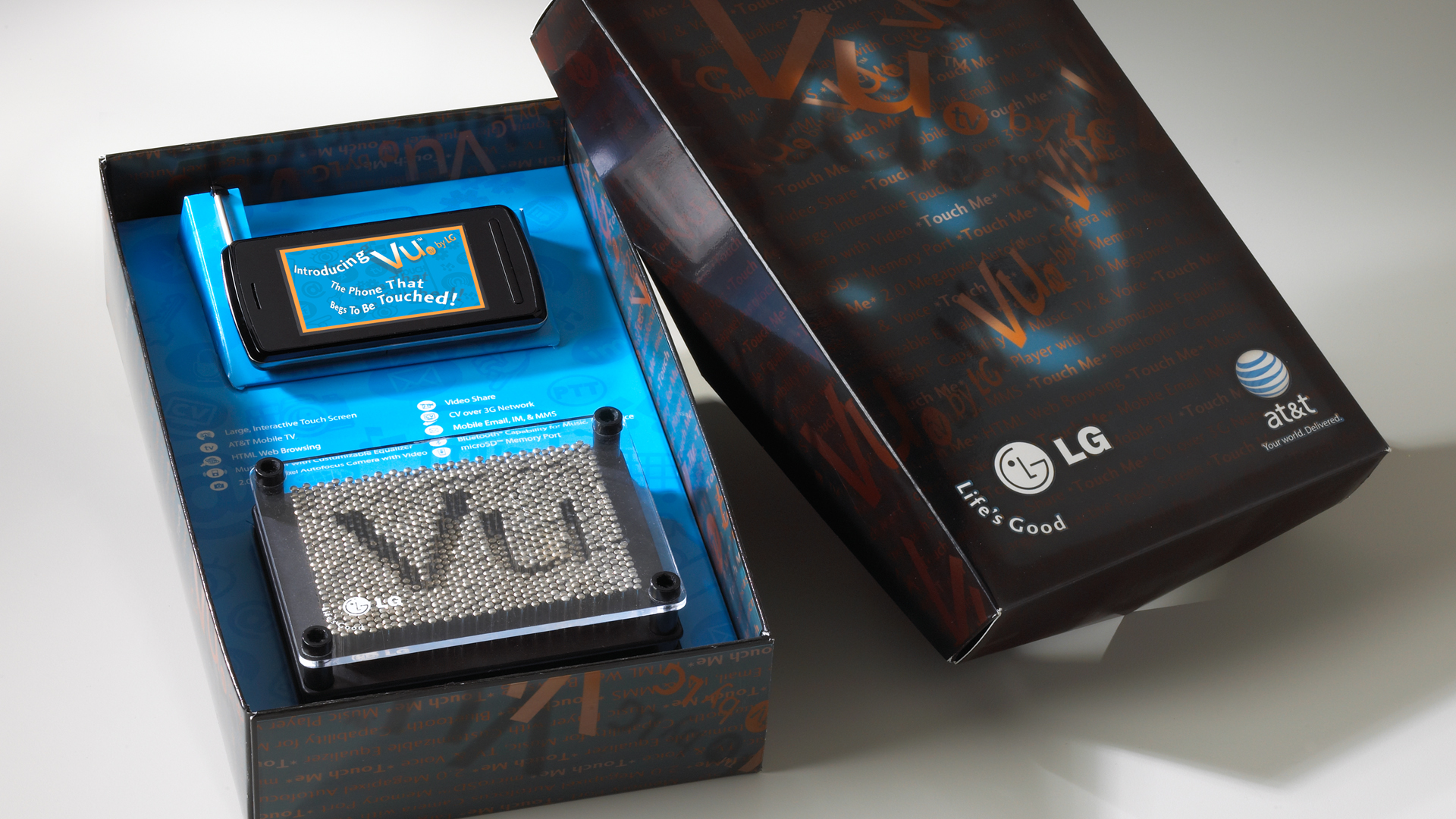 LGE Mobile Packaging for The Vu Phone,