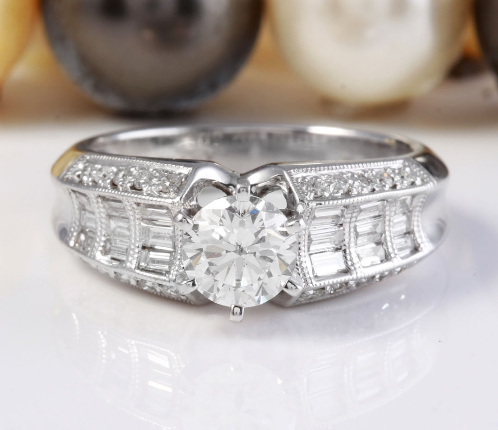 1.51CTW Estate Natural VS2-SI1 DIAMONDS in 18K Solid White Gold Engagement Ring