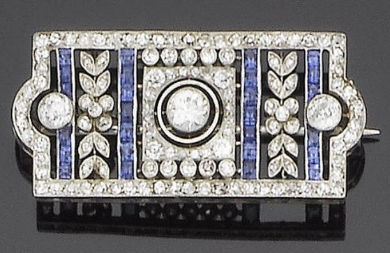 A belle époque sapphire and diamond brooch, circa 1910