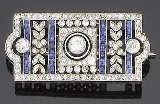 A belle époque sapphire and diamond brooch, circa 1910