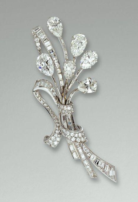 Gorgeous Diamond Brooch by Van Cleef & Arpels