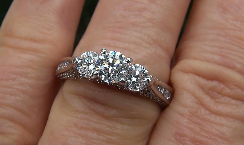 Natural 1.50 ct VS1/G 3 Stone Past Present Future Diamond 14k White Gold Ring