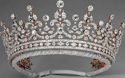 Queen Elizabeth II favorite tiara
