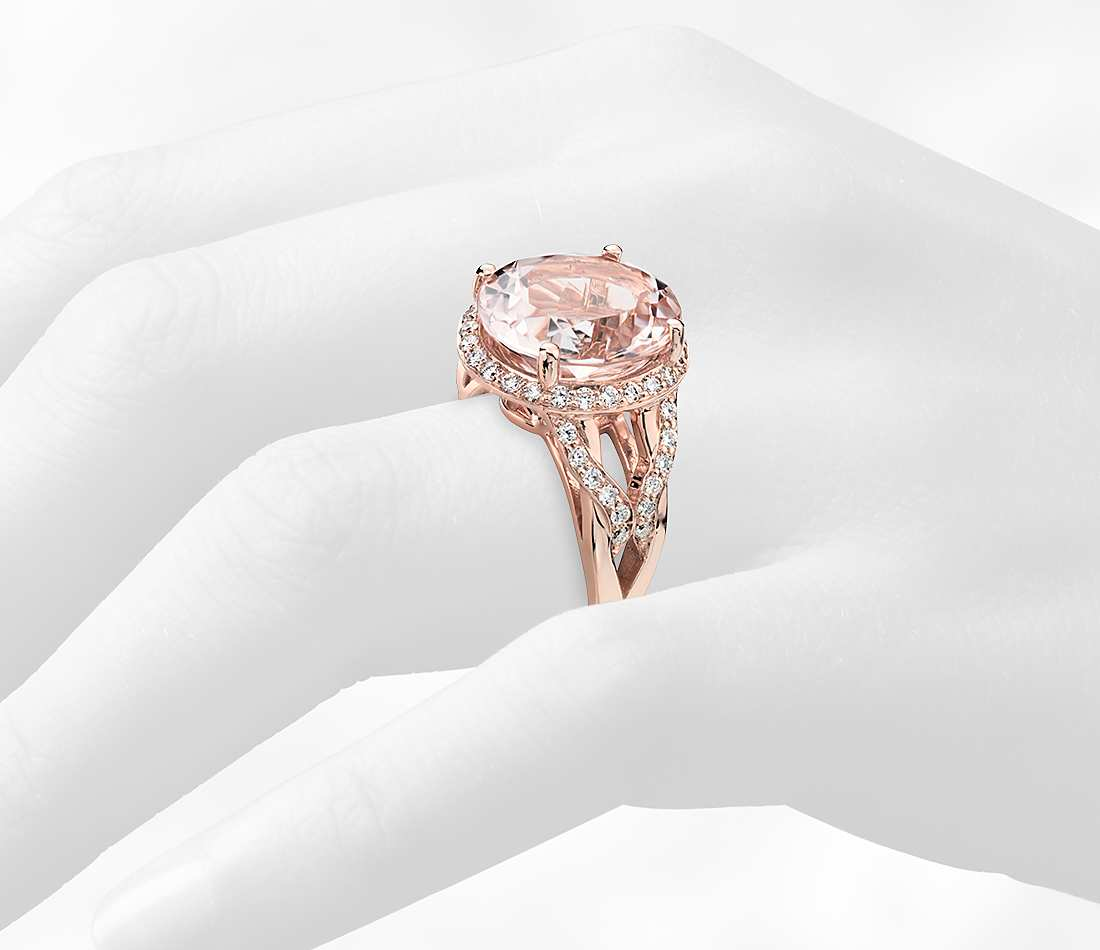 Morganite and Diamond Ring in 18k Rose Gold.