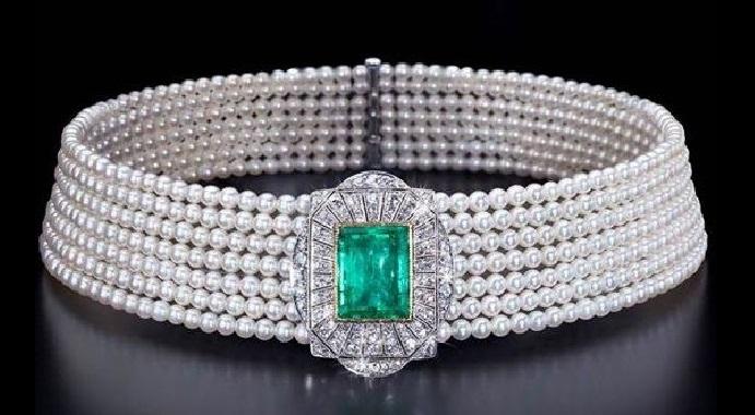 A Gorgeous Art Deco Pearl, Emerald and Diamond Collier De Chien Choker Necklace