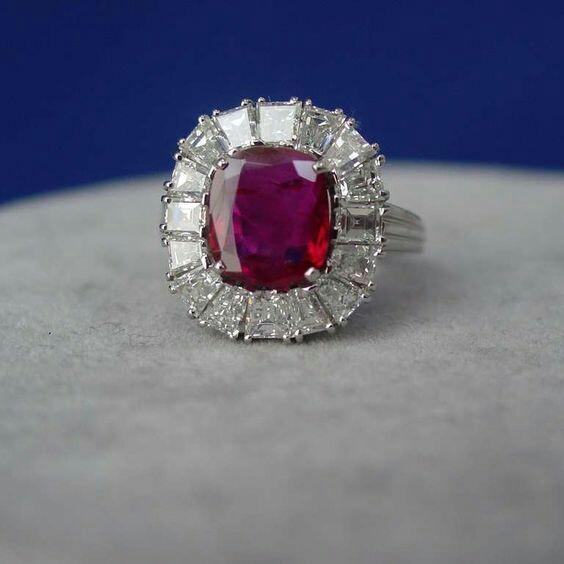 Exceptional Art Deco No-Heat Burma Ruby Diamond Platinum Ring
