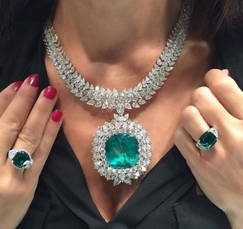 Emerald Necklace and Rings