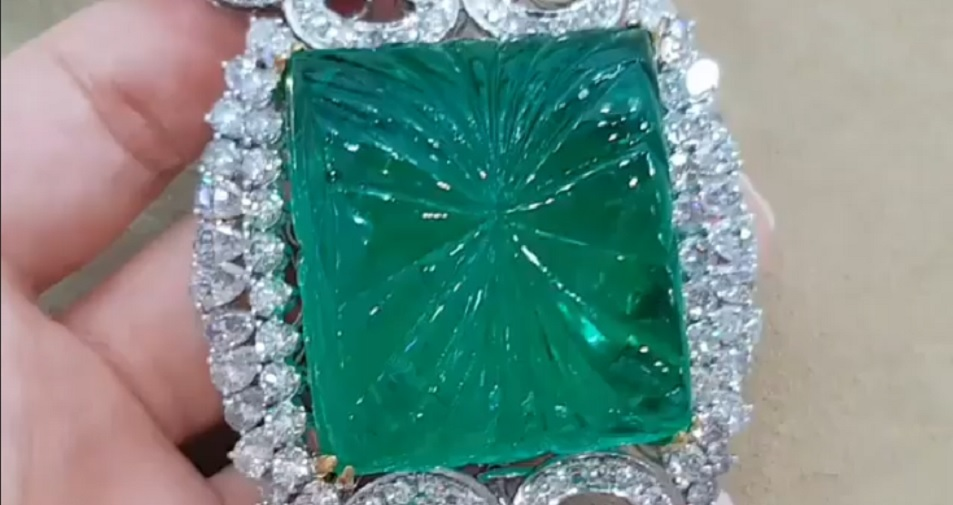 312 Ct Carved Emerald and Diamond Necklace