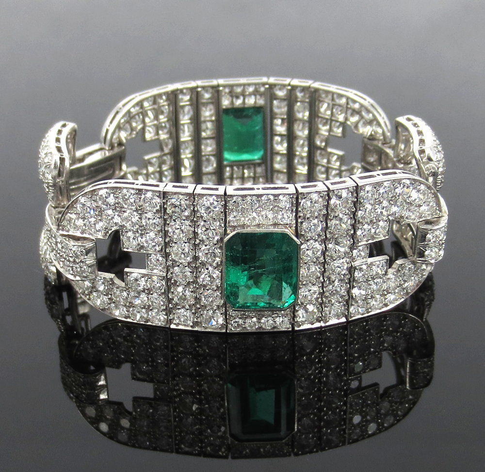 Certified Art Deco 16.0ct Old Cut Diamond & 10.0ct Emerald Platinum Bracelet