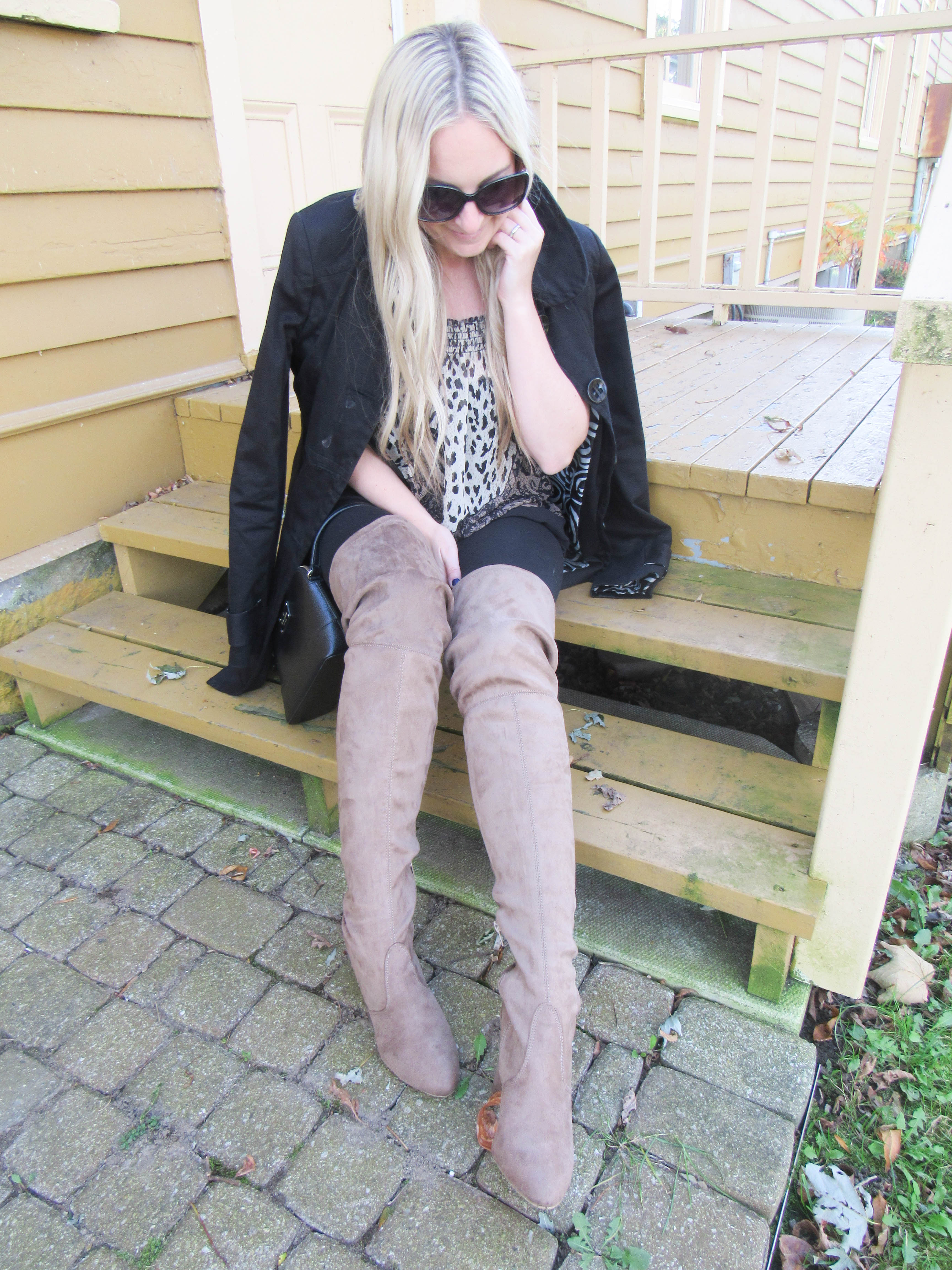 Over the knee suede boots Urban Planet