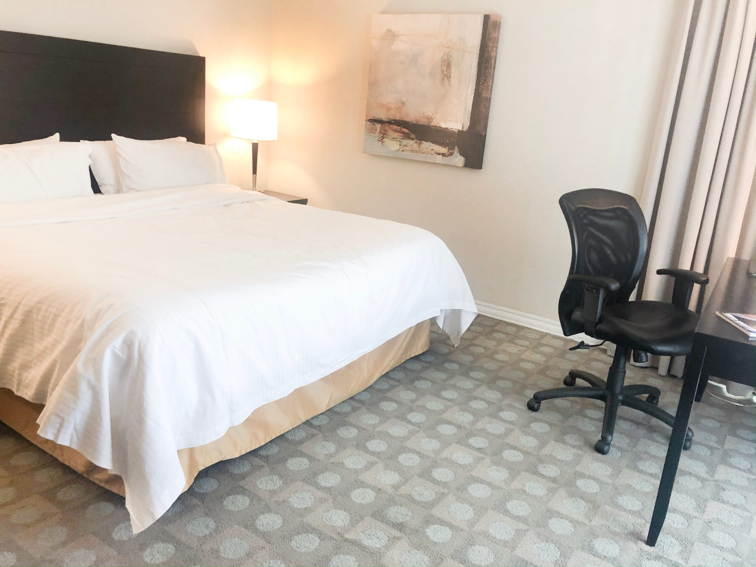 Staycation at The Chelsea Hotel, Toronto on Livin' Life with Style
