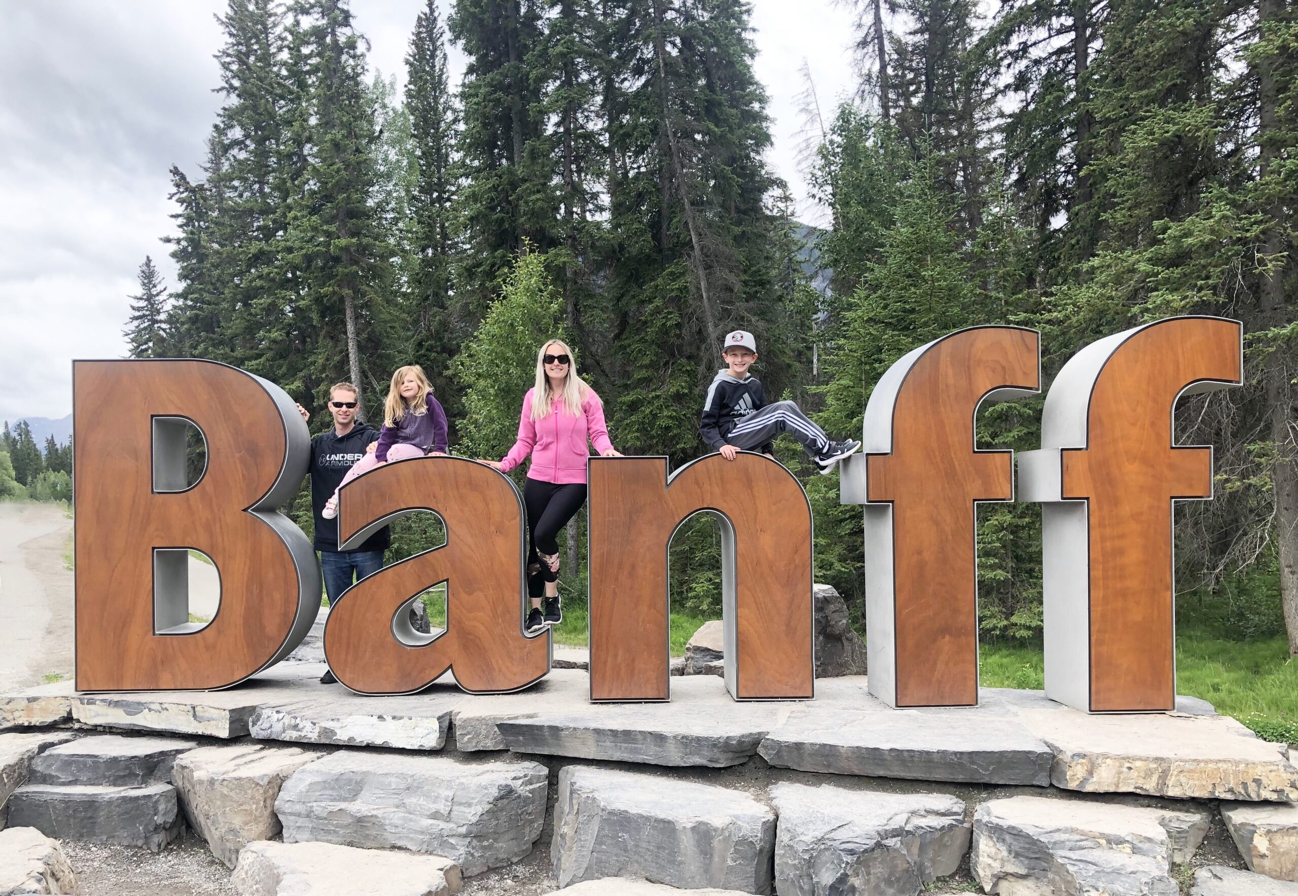 Travel Guide: Banff