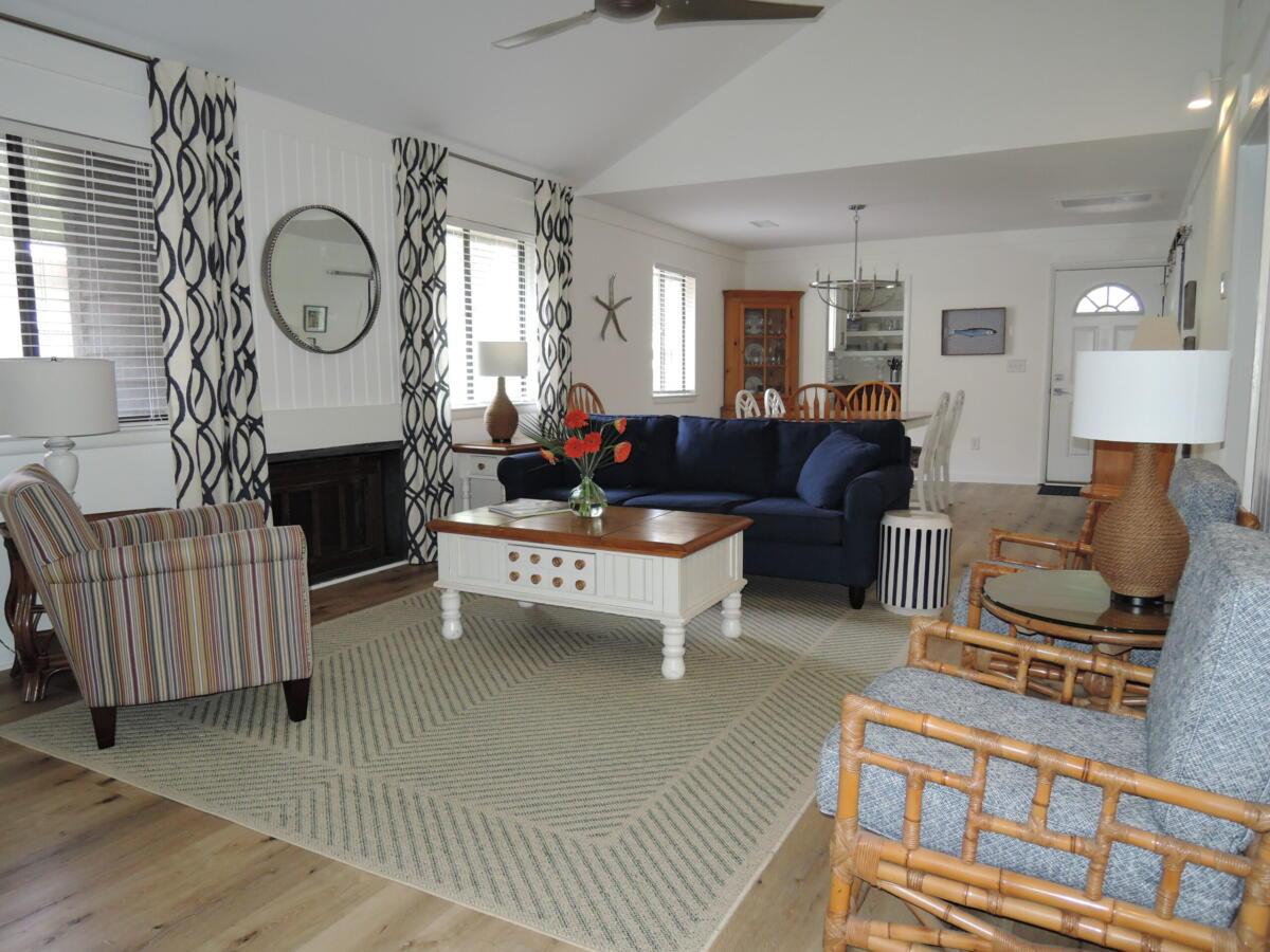 Main Living Area 62021