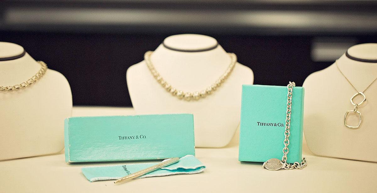 Aj-Pawnshop-jewelry