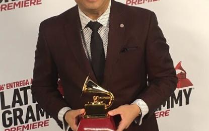 Gilberto Santa Rosa: El Caballero de la Salsa gana el Latin GRAMMY y lanza DVD en vivo
