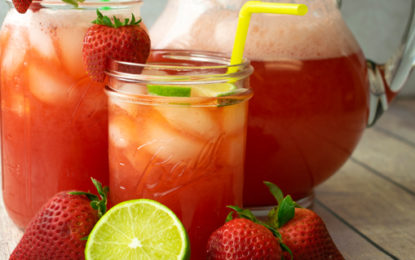 How to Make a Strawberry Spritzer