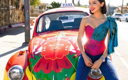Ángela Aguilar y Manzanita Sol unen fuerzas para retribuir a la comunidad de Los Ángeles por el Día De Los Muertos