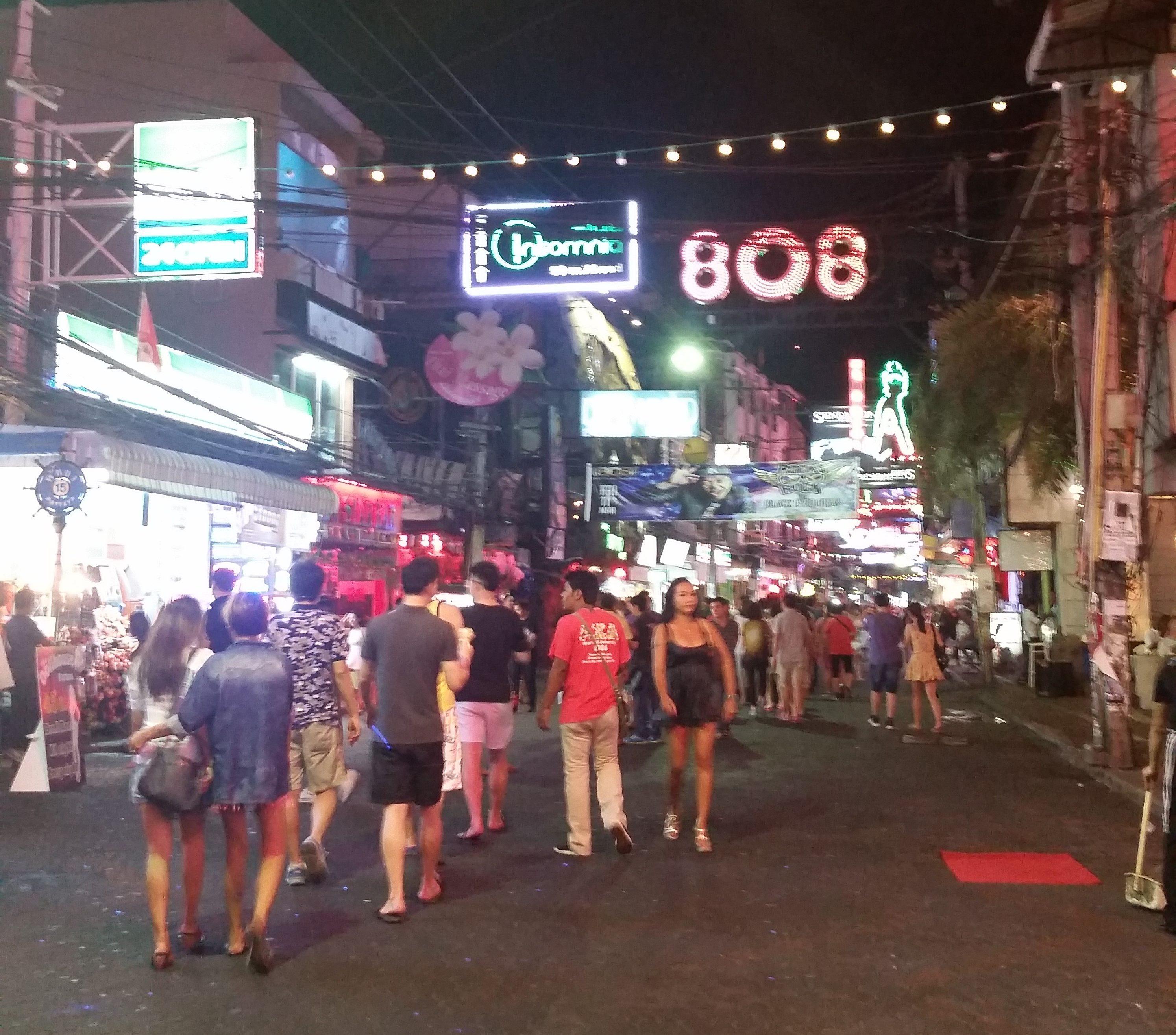 20160321 204602 e1507525259503 - Walking Street Pattaya TH