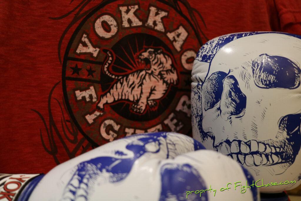 137 1024x683 - YOKKAO Skullz Muay Thai Boxing Gloves 10oz.
