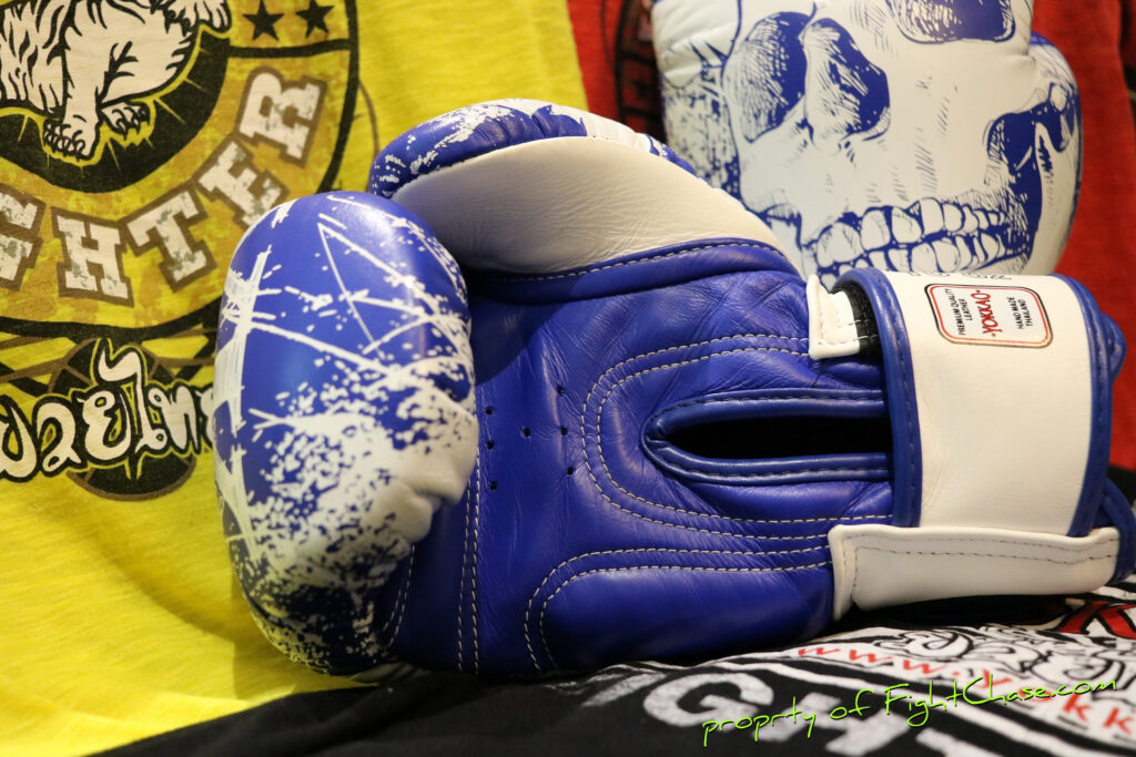 2623 1024x683 - YOKKAO Skullz Muay Thai Boxing Gloves 10oz.