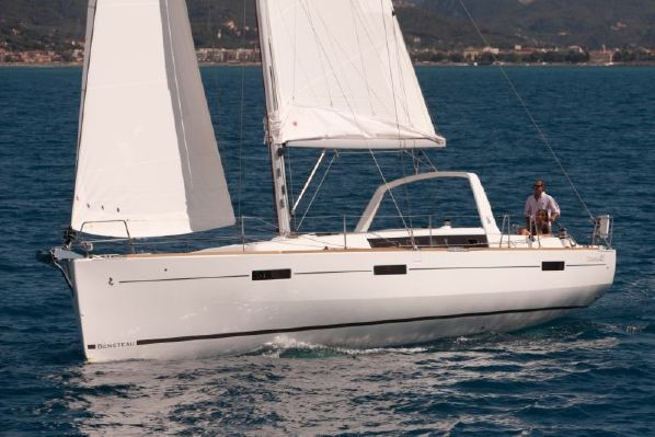 SPECIAL! Our Very Last Beneteau Oceanis 45 – SOLD!