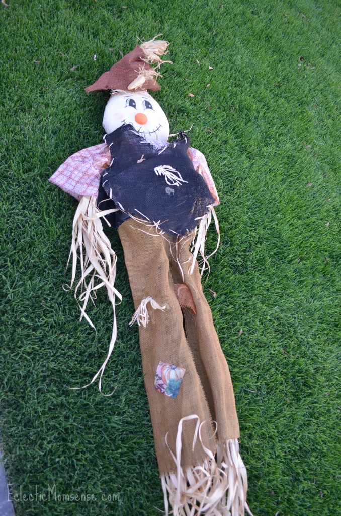Eclectic Momsense- Salvage your old garden scarecrow and give it new life.
