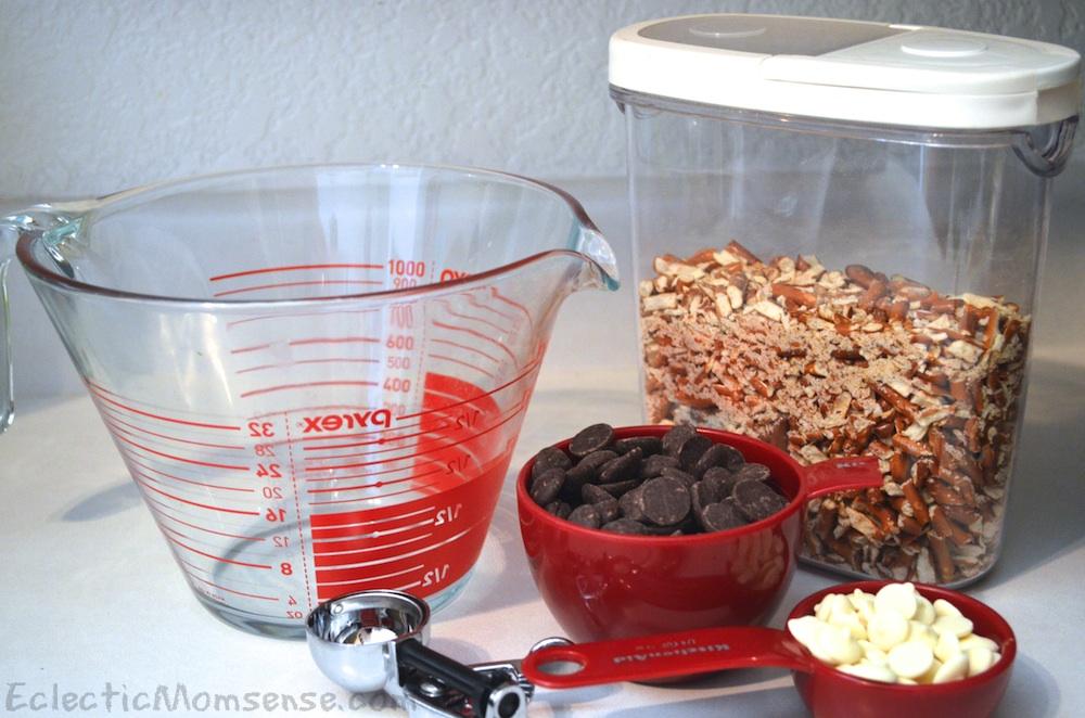 Easy 2 ingredient chocolate pretzel bites- Eclectic Momsense