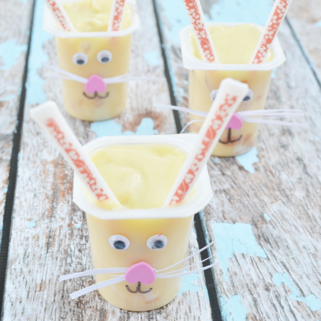 Banana Cream Pie Pudding Cup- Mix up snack time #SnackPackMixins #Ad #Easter
