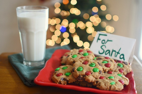 5 Simple Holiday Cookie Recipes | Peanut Butter Chocolate Chip Cookies #pureandsimple AD