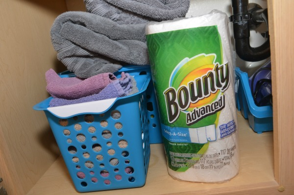 10 Best Cleaning Hacks- Simplify everyday chores with these quick and easy tips. #ad #PGDetailsMatter at #Costco #IC