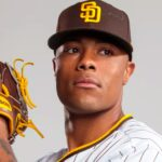 "Padres' Reggie Lawson brings a ""Mamba Mentality"" to rehab process"