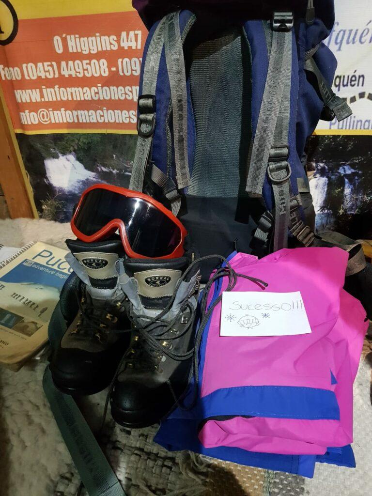 """kit escalada vulcão com bilhete escrito """"sucesso"""""""