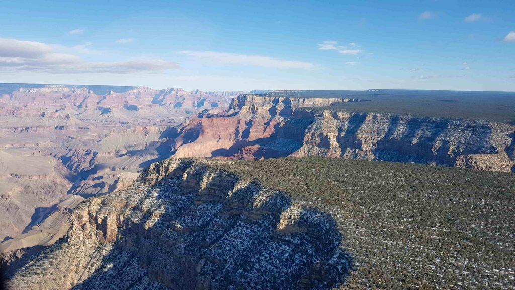 Grand Canyon visto do helicóptero